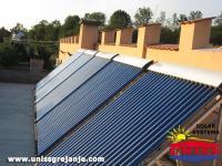 Solarno grejanje sanitarne vode_Solarni vakuumski kolektori heat pipe / 100 vakuumskih cevi / Konstrukcija na ravnoj povrsini